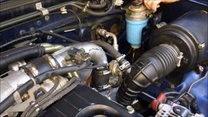 Замена масла в двигателе Ниссан