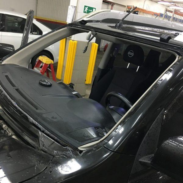 Профессиональная замена автомобильных стёкол в Москве